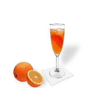 Aperol Spritz es una bebida ligera y poco amarga que gusta a casi todos.