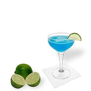 Otra opción buenísima para Margarita Azul, una copa de champán abierta.