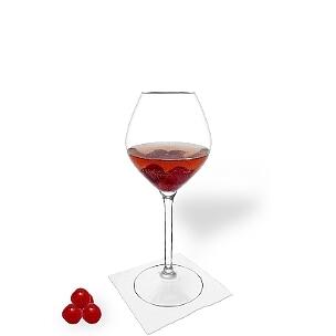 Ponche de Cereza es una bebida afrutada y agradable al paladar para fiestas.