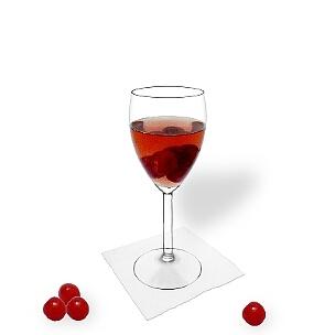 Todos tipos de copas de vino son ideal para servir Ponche de Cereza.