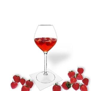 Ponche de Fresa es una bebida afrutada y agradable al paladar para fiestas.