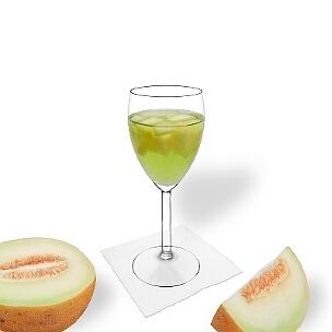 Todos tipos de copas de vino son ideal para Ponche de Melón.