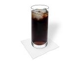Preparación de Ron y Coca-Cola: Servir