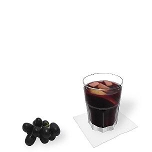 A lo mejor presentas Sangria en vasos Tumbler, pequeñas vasos largos o copas de vino.