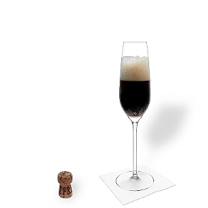 Black Velvet served in a champagne glass, the most common way of presenting that delicious aperitif cocktail.