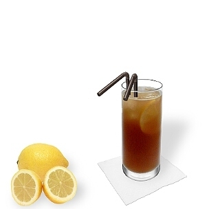 Long Island Ice Tea served in a long-drink glass, the most common way of presenting that delicious drink.
