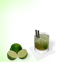 Caipirissima im Whisky-Glas.